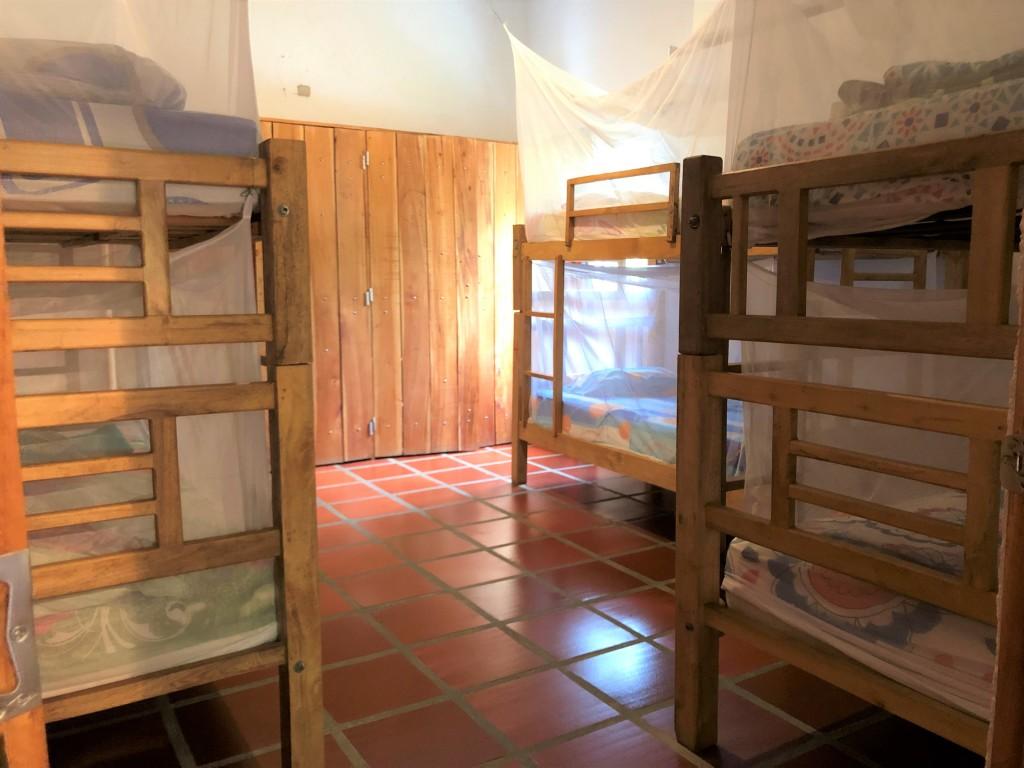 Mirador 8-bed Dorm with AC